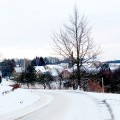 Zimní pohled na Jakubovice, příjezd od Lanškrouna